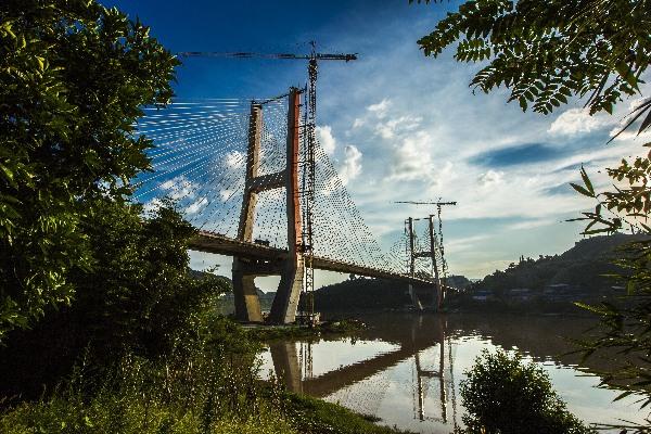 气都达州 一座由桥梁串连起的山水之城