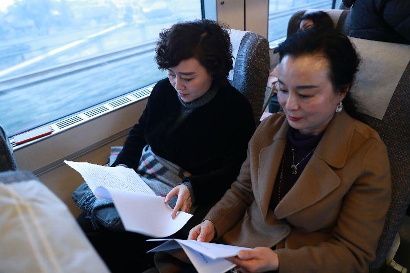 19名驻达省政协委员赴蓉出席省政协十二届一次会议