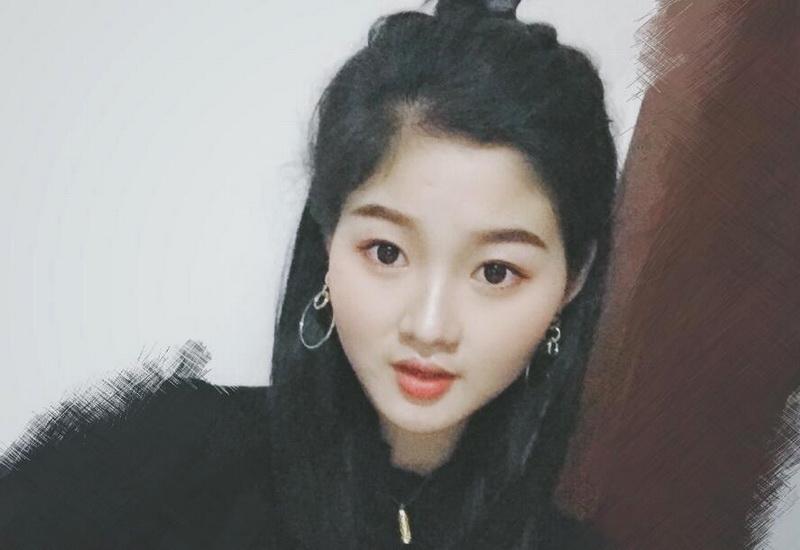 成都女孩杨藜瑶:想通过比赛提升自己的能力和气质
